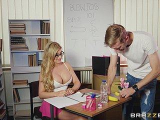 Große Titten Lehrer Gläser
